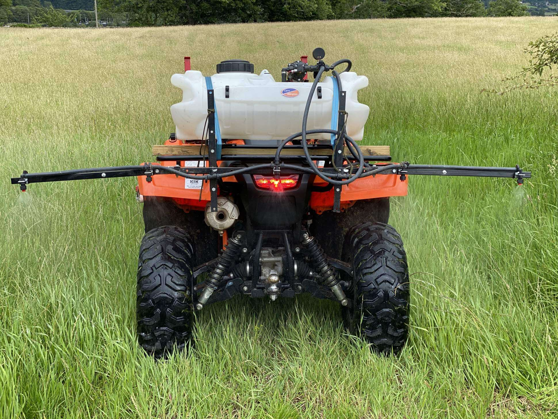 Lowe Maintenance Mounted Boom Sprayer PA2a